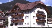 ***S Hotel Garni Villa Park in St. Ulrich in Gröden.